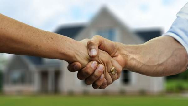 home buyer and sellers