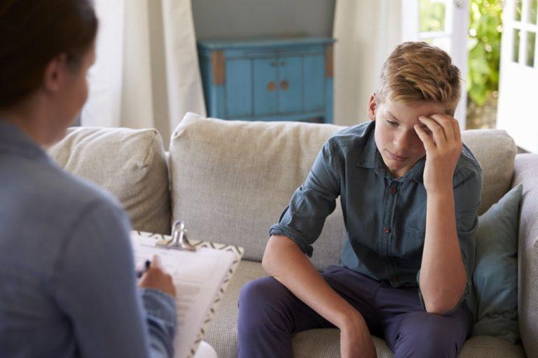 teen therapist near me
