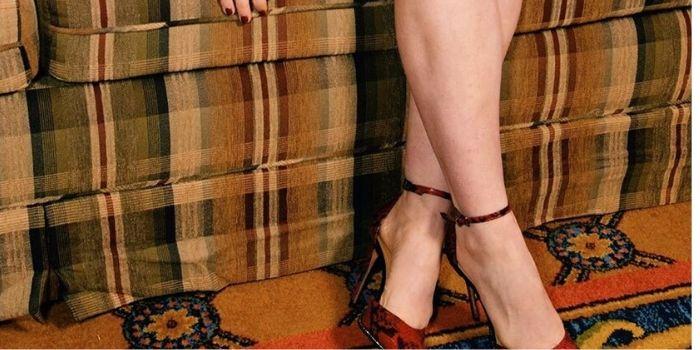 Emma kenney feet