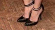elizabet leg & feet